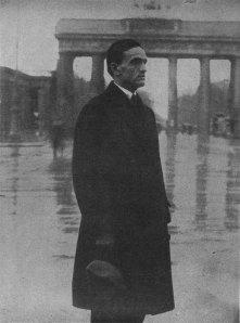 César Vallejo en París