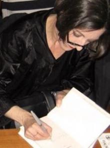 muller_signing_photo