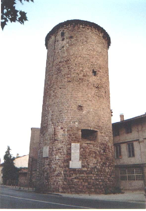 Torre de Le Muy, en cuyo asalto murió Garcilaso